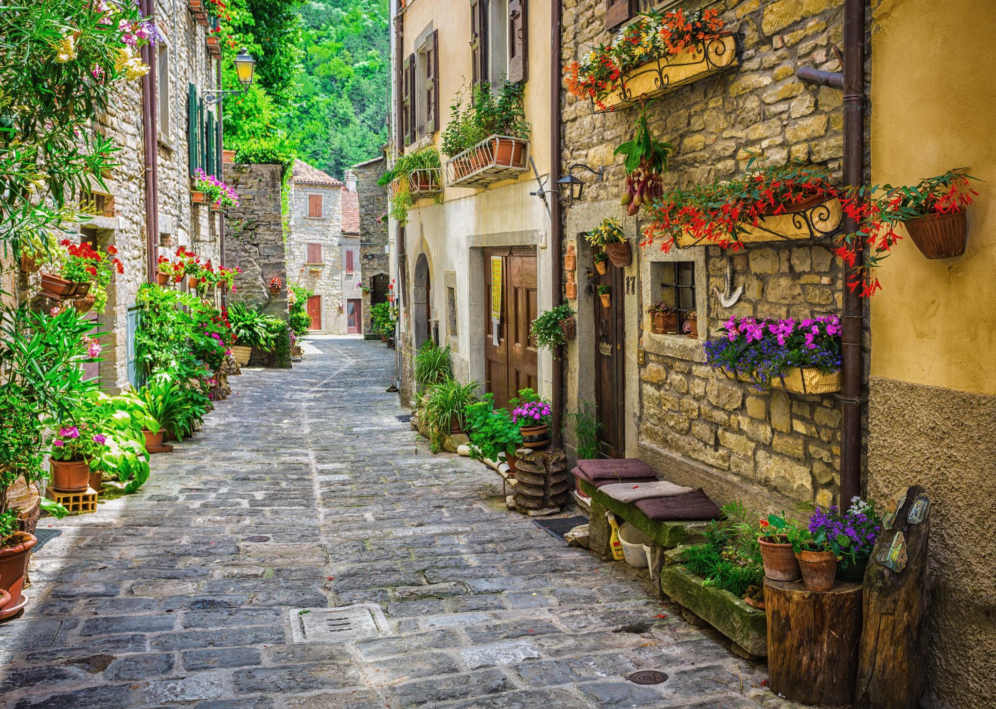 Malerische Gässchen in der Toskana