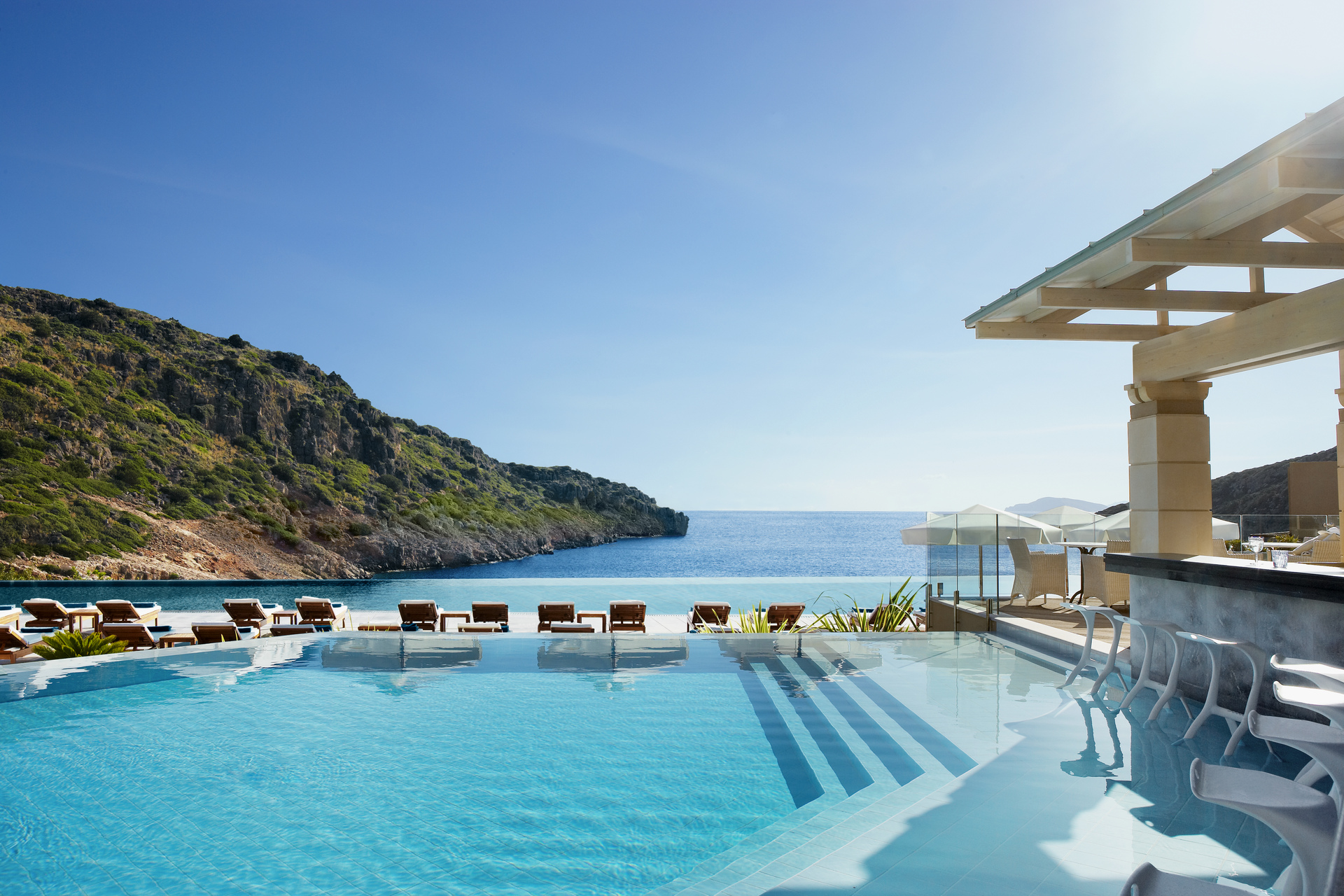 Daois Cove - Traumhafter Ausblick aufs Meer vom Pool aus