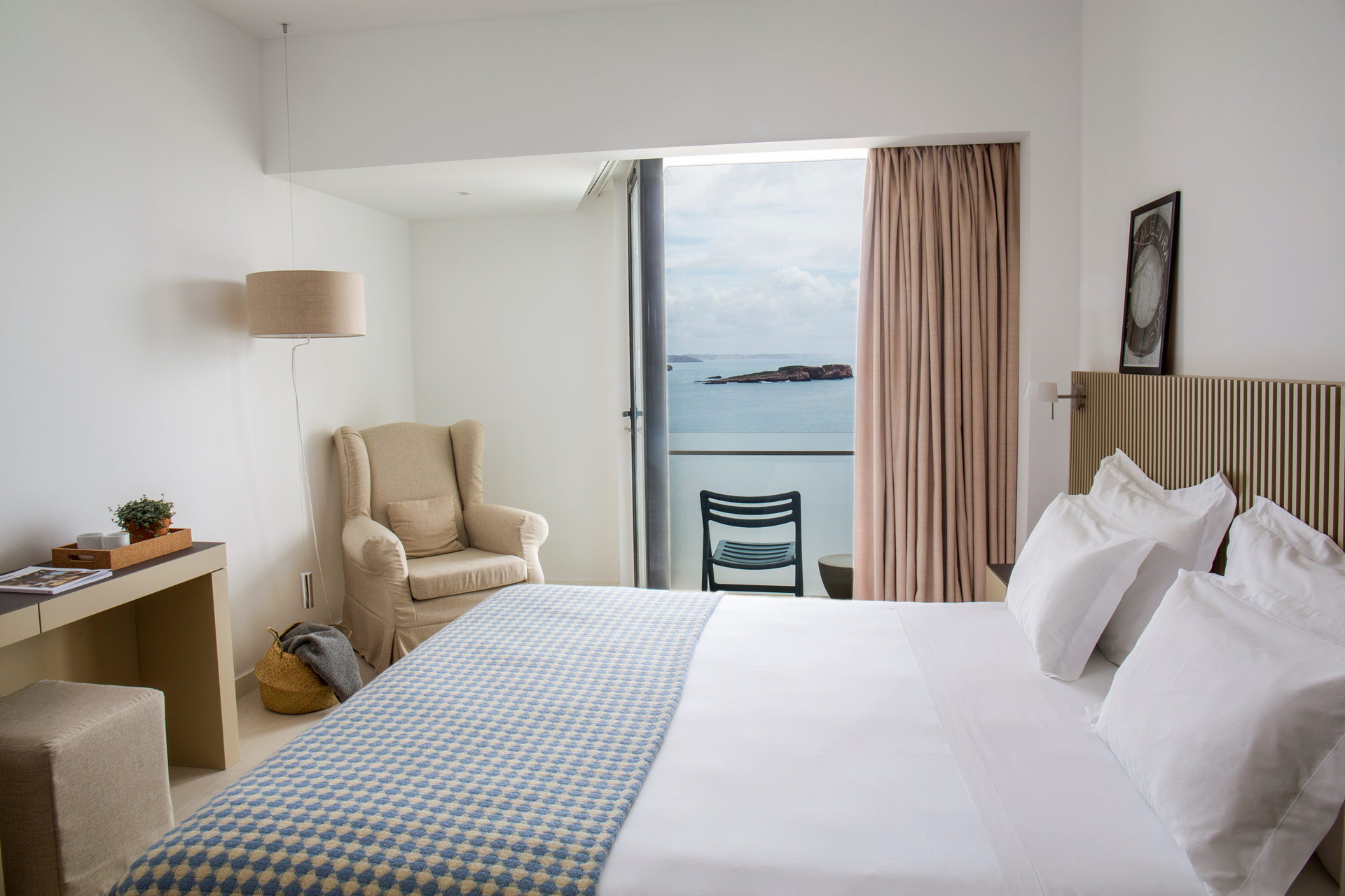 Doppelzimmer mit Meerblick im Hotel Memmo Baleeira