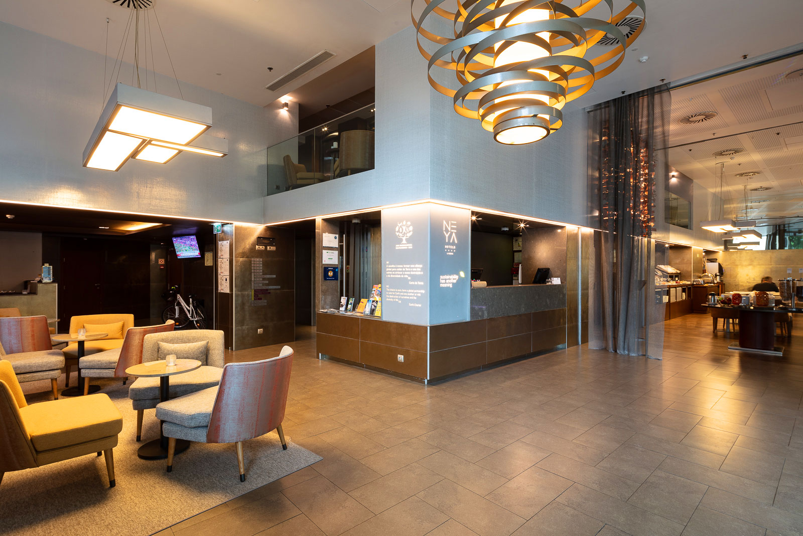 Lobby des Neya Eco Hotels in Lissabon