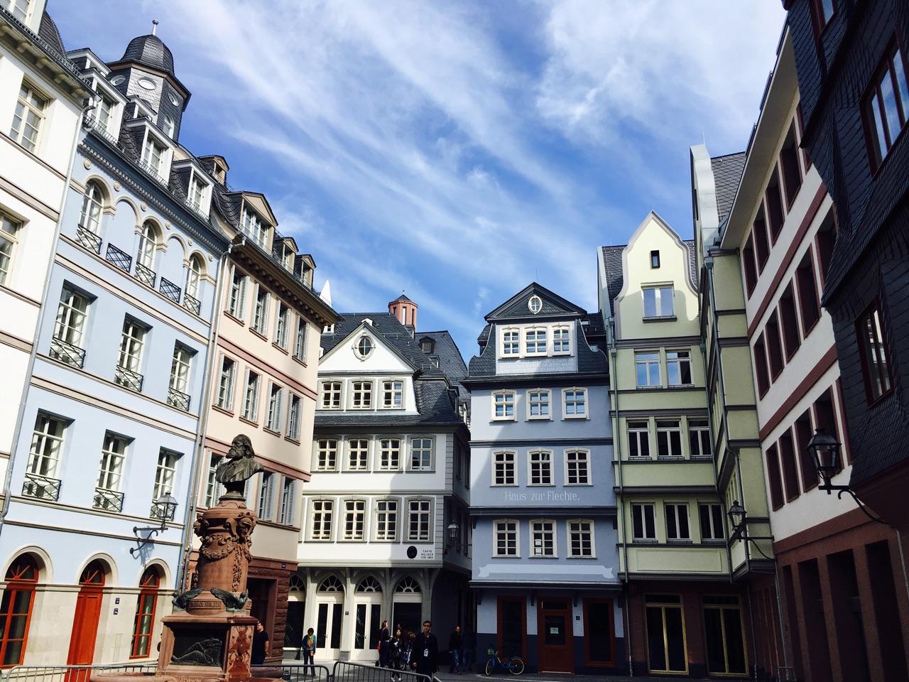 Der Hühnermarkt in der frankfurter Altstadt