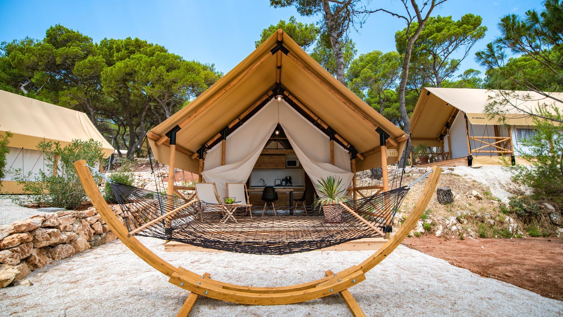 Safari Zelt des Arena One 99 Glamping © Arena Hospitality Group
